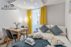 Szczytna 1, Apartment 9